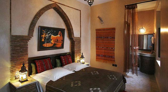 リヤド セサミ - マラケシュ - 寝室