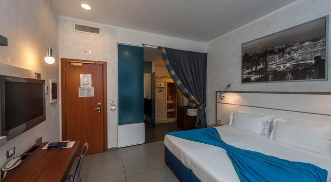 ホテル カリフォルニア - ローマ - 寝室