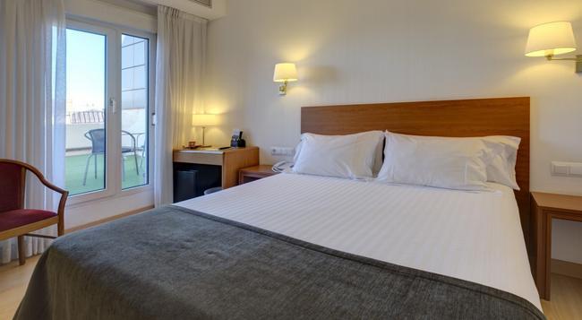 ホテル ウルトニア - ジローナ - 寝室