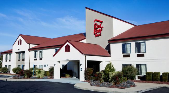 Red Roof Inn Murfreesboro - Murfreesboro - 建物