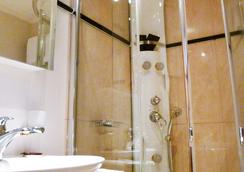 ホテル アルテ - サンモリッツ - 浴室