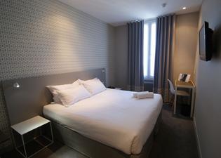 アクロポリス ホテル パリ ブローニュ