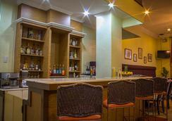 ホワイト ナイト ホテル イントラムロス - マニラ - バー