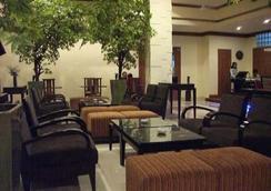 アマンズ ホテル - Ambon - ラウンジ