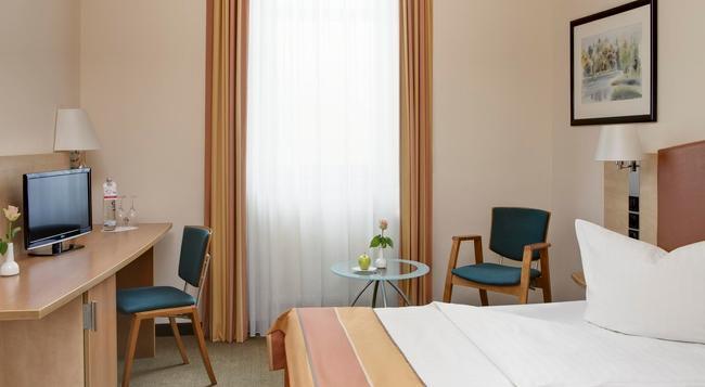 インターシティホテル ベルリン オストバーンホフ - ベルリン - 寝室