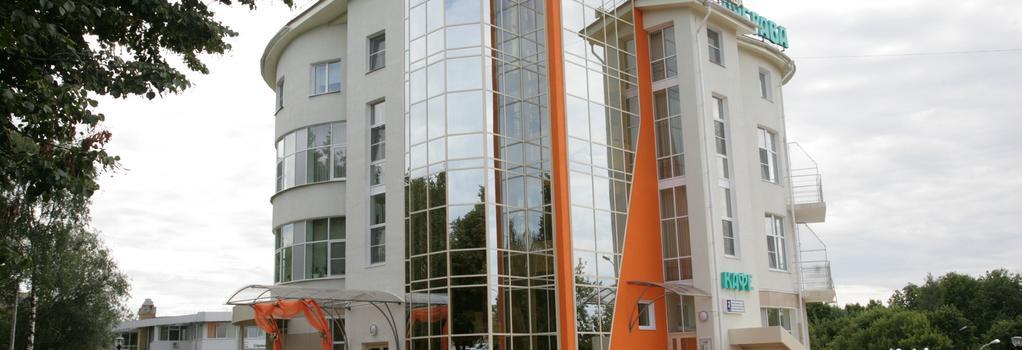 Dubrava Hotel - Cheboksary - 建物
