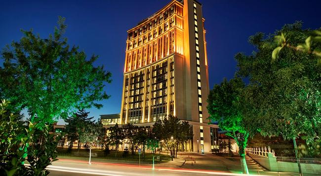 DoubleTree by Hilton Hotel Malatya - マラティヤ - 屋外の景色