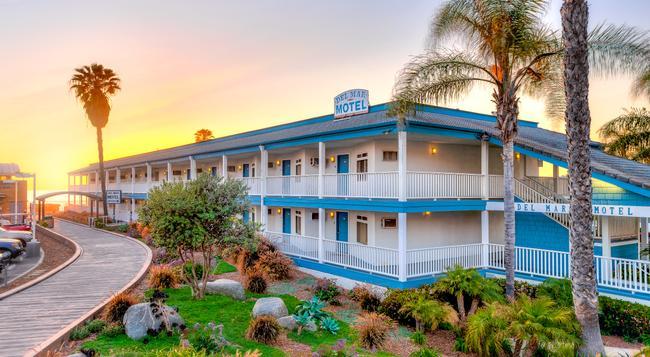 Del Mar Motel on the Beach - デル・マー - 建物