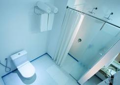 ボガリ ホテル - フォス・ド・イグアス - 浴室