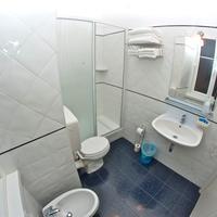 ヌオボ アルベルゴ セントロ Bathroom