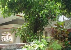 ネイサンズ ホリデー ホーム, プライベート ヴィラ - コチ - 屋外の景色