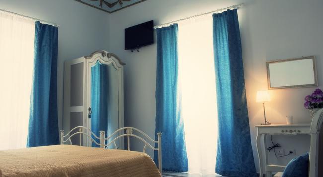 アル デコーロ - パレルモ - 寝室
