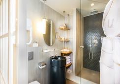 ホテル ラ ヴィラ サン ジェルマン デ プレ - パリ - 浴室