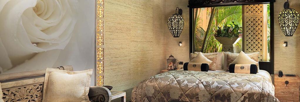 ロイヤル ガーデン ヴィラズ - アデへ - 寝室