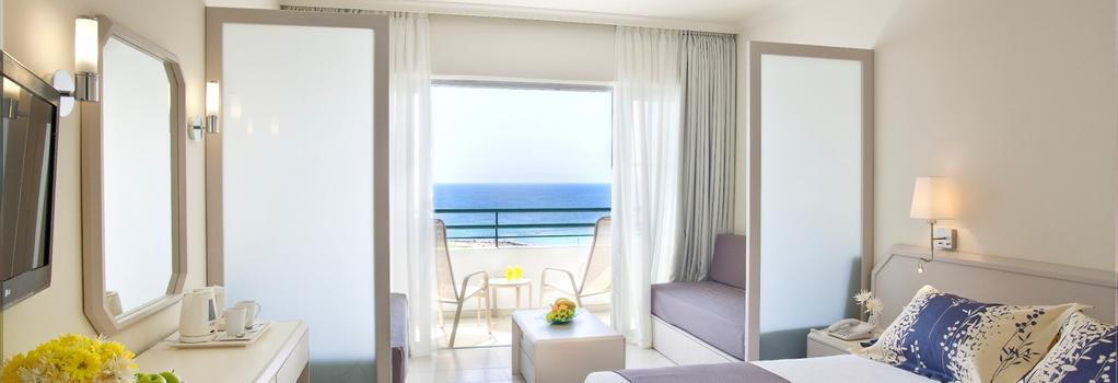 Louis Imperial Beach - パフォス - 寝室