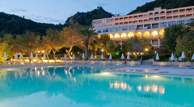 Lti Louis Grand Hotel - Corfu - 建物