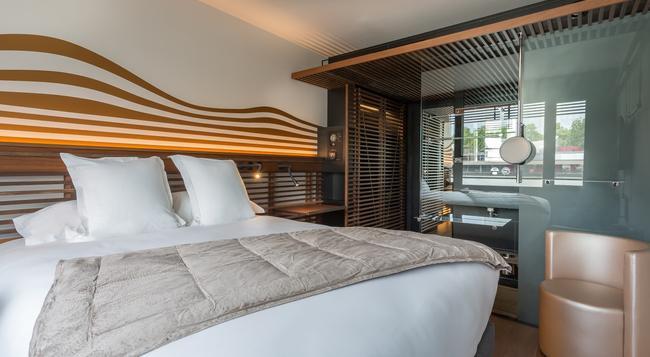 Off Paris Seine - パリ - 寝室
