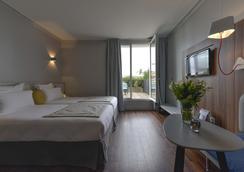 ホテル アトリウム - シュレンヌ - 寝室