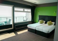 サンクリフ ホテル - ボーンマス - 寝室