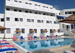 Dolce Bodrum Hotel And Beach Club - Adults Only - ボドルム - 建物