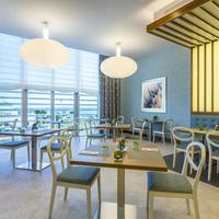 Hilton Garden Inn Tanger City Center Restaurant