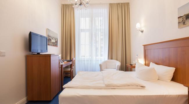 ホテル ブランディーズ アン デア メッセ - ベルリン - 寝室