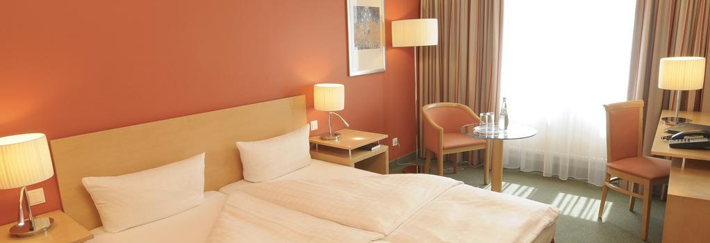 ウプスタルスブーム ホテル フリードリッヒシャイン - ベルリン - 寝室