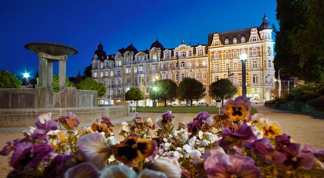 Orea Spa Hotel Palace Zvon - Marianske Lazne - 建物