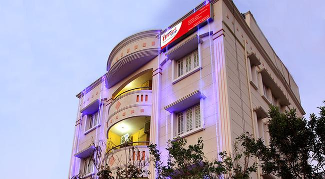 Hoppers Stop - Yelahanka - バンガロール - 建物