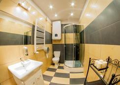 ディジー デイジー ホステル - クラクフ - 浴室