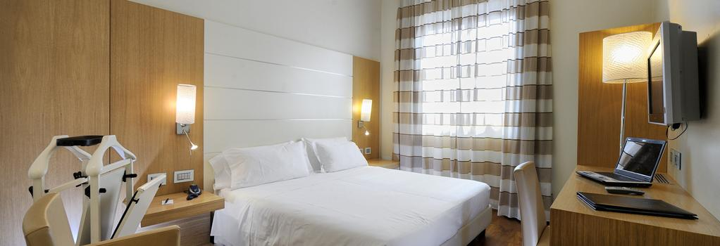 ホテル カナダ - ミラノ - 寝室