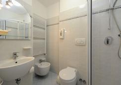 Vina de Mar - リニャーノ・サッビアドーロ - 浴室