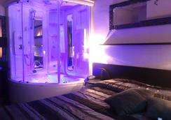 Hotel Memory - リミニ - 寝室