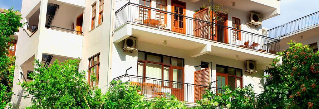 メルテム ペンション - Kaş - 建物