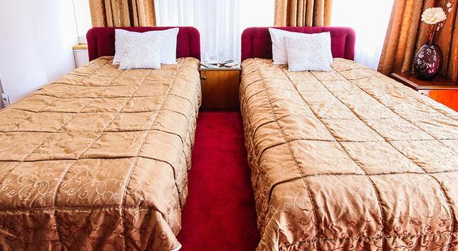 Hotel Victoria - スコピエ - 寝室