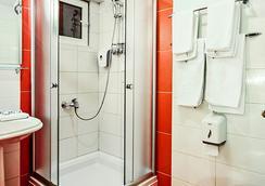 Hotel Victoria - スコピエ - 浴室