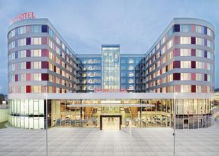 モーベンピック ホテル シュトゥットガルト エアポート&メッセ