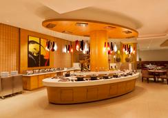 Gokulam Park Coimbatore - コーヤンブットゥール - レストラン