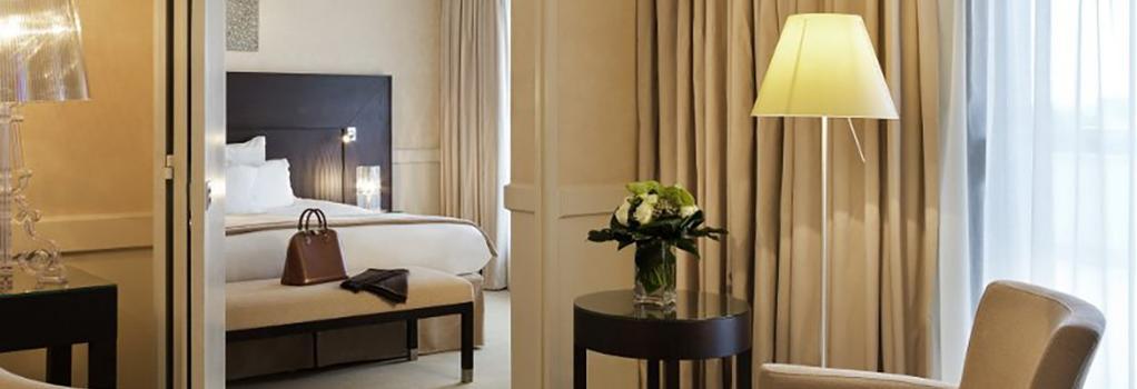 ホテル バリエール ル グレイ ダルビオン - カンヌ - 寝室