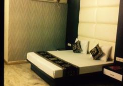 Hotel Karat 87 Inn - ニューデリー - 寝室
