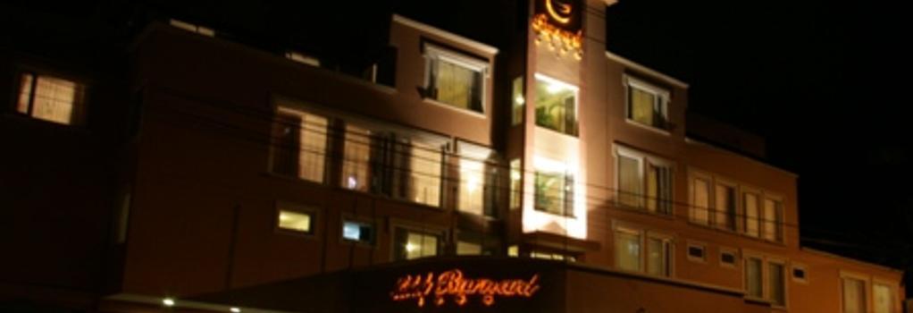 Barnard Hotel - キト - 建物
