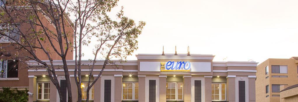 パシフィック ユーロ ホテル - レッドウッド・シティー - 建物