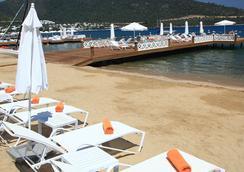 Grand Yazici Hotel & Spa Bodrum - Boutique Class - ボドルム - ビーチ