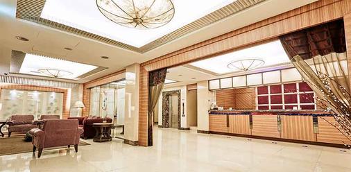 ビューティー ホテル シュアンメイ ブティック - 台北市 - フロントデスク