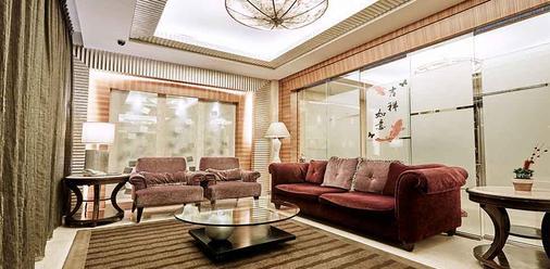 ビューティー ホテル シュアンメイ ブティック - 台北市 - リビングルーム