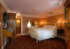 Dorymans Oceanfront Inn - ニューポート・ビーチ - 寝室