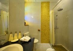 Hotel Amazing Mandalay - Mandalay - 浴室
