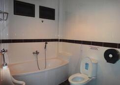 El Hacienda Homestead - ホアヒン - 浴室