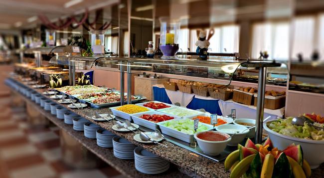 ホテル アローン - ベニドーム - レストラン