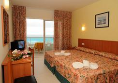 Hotel Natura Park - コマルガ - 寝室